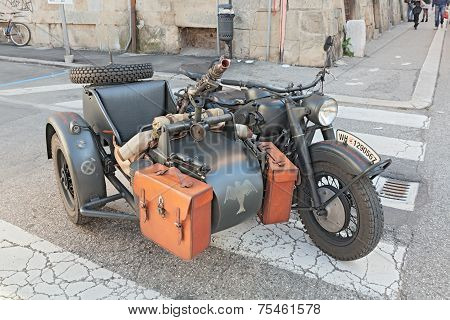 Military Bmw R75 With Machine Gun