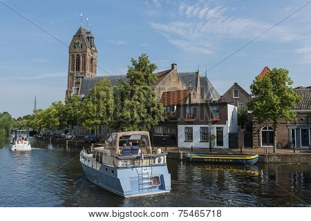 Two Ships in Oudewater