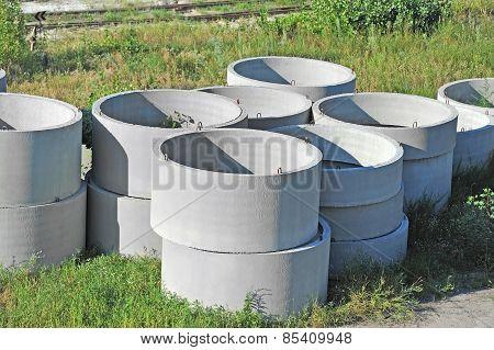 Concrete circle pit