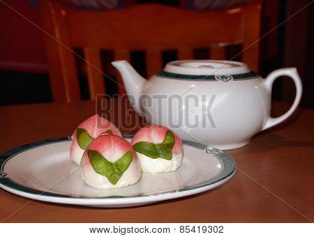 Dim Sum Peach Buns