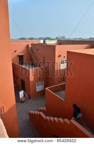 Jaipur, India - January 31, 2014: People Visit Jawahar Kala Kendra In Jaipur In India.