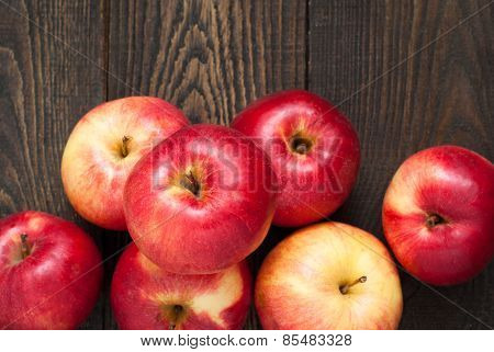 Many Apples On The Table