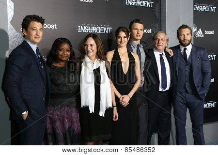 NEW YORK-MAR 16:Miles Teller, Octavia Spencer, Lucy Fisher, Shailene Woodley, Ansel Elgort, Douglas Wick & Jai Courtney at
