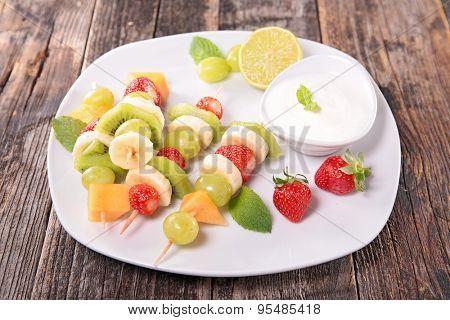 fruit on stick and yogurt dip