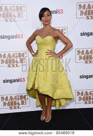 LOS ANGELES - JUN 25:  Jada Pinkett Smith arrives to the