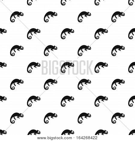 Little iguana pattern. Simple illustration of little iguana vector pattern for web