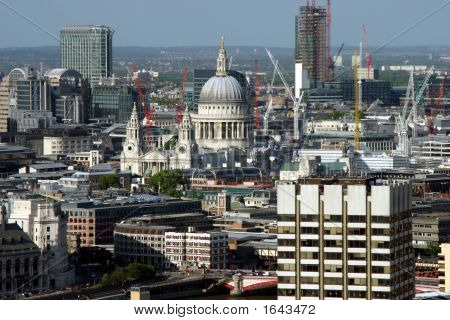 London Construction And St Paul'S Cathedral