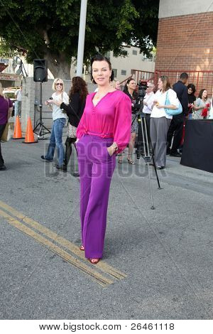 LOS ANGELES - NOV 30:  Debi Mazar at the Hollywood Chamber Of Commerce 17th Annual Police And Fire BBQ at Wilcox Station on November 30, 2011 in Los Angeles, CA