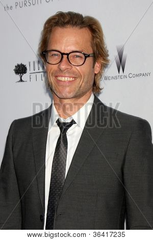 LOS ANGELES - AUG 22:  Guy Pearce arrives at the