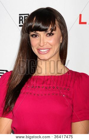 LOS ANGELES - AUG 22:  Karina Smirnoff arrives at the