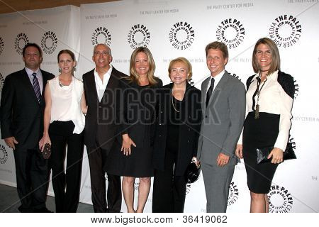 LOS ANGELES - AUG 23:  Scott Martin, Lauralee Bell, Bill and Maria Bell, Lee Bell, Brad and Colleen Bell arrives at