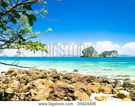 Romantic Island Quiet Getaway