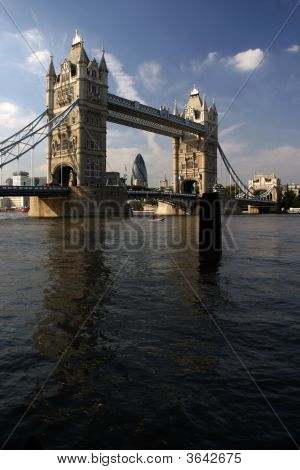 Tower Bridge And The Themes