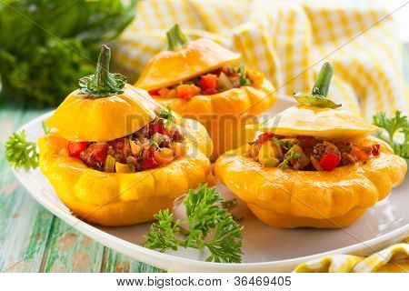 Patty pan squash stuffed with vegetables and meat