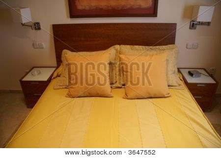Dormitorio en la noche