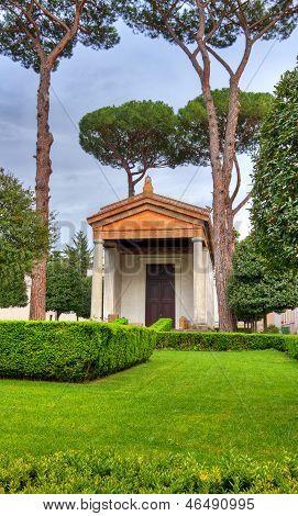 Roman temple hdr