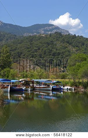 Dalyan River (turkey) - Pleasure-boats