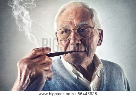 Smoking Oldie