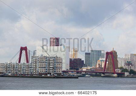 City views Rotterdam .