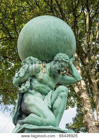 Statue representing Hercules