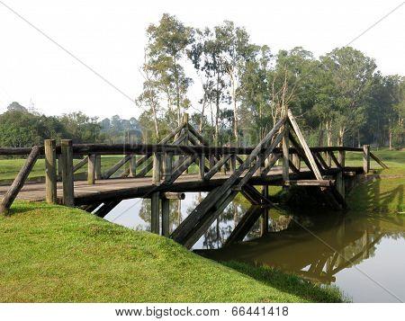 Curitiba Park River Bridge