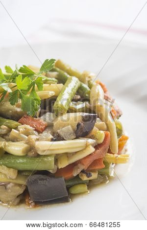 Saute Vegetables For A Healthy Diet