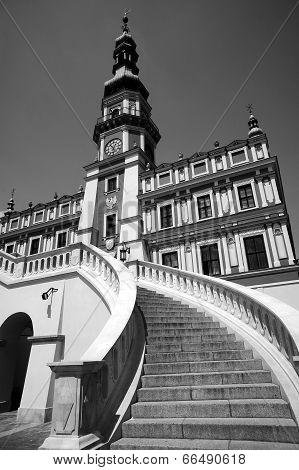 renascence City Hall