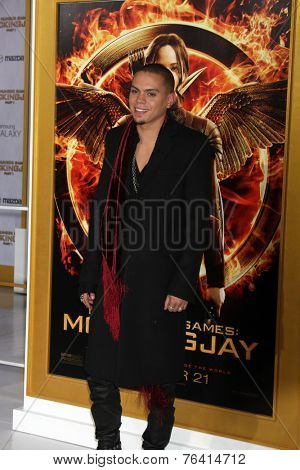 m LOS ANGELES - NOV 17:  Evan Ross at the The Hunger Games: Mockingjay Part 1 Premiere at the Nokia Theater on November 17, 2014 in Los Angeles, CA