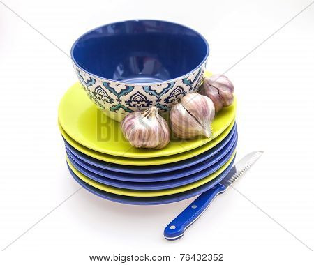 Garlic and ware for table layout