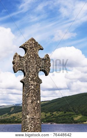 Inveraray Celtic Cross