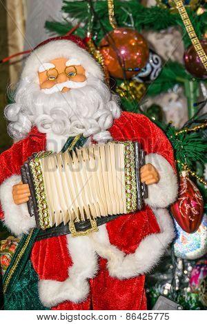 Santa Toy With Accordion
