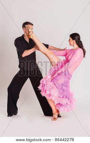 Ballroom dancers dancing.