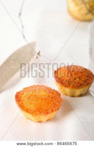 Semolina cupcakes