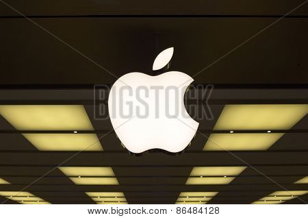 Apple Shop In Sidney