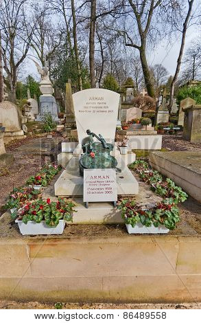 Grave Of Armand Fernandez In Paris