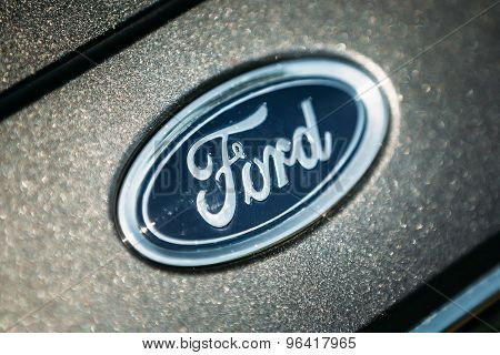 The Ford Focus Silver Logo