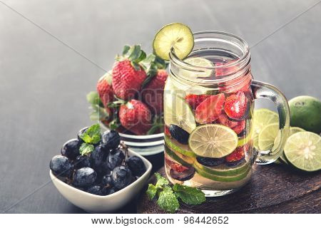 Fresh Fruit Flavored Infused Water Mix Of Strawberry, Grape And