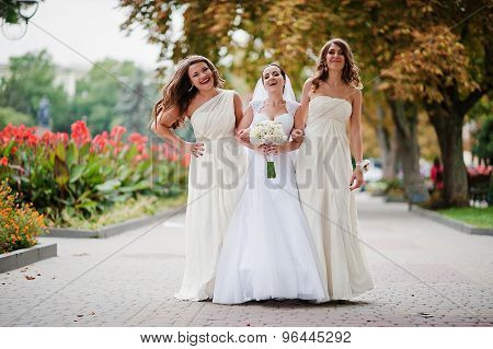 Stylish Bridesmaids Have Fun With Bride