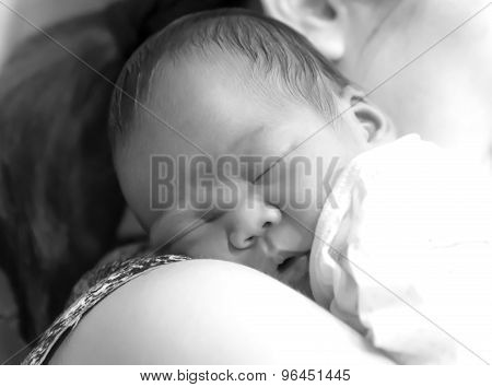 Asian Thai Girl Baby Sleep On Mother 's Shoulder Black And White