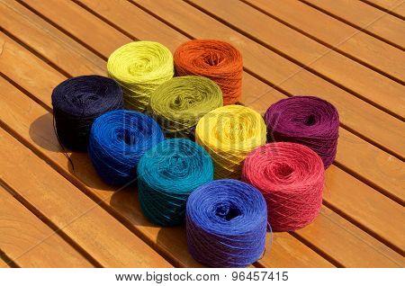 10 Balls Of Yarn