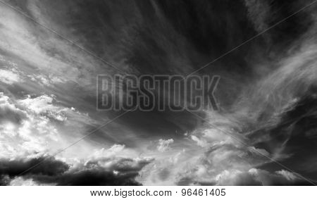 Black And White Sky With Clouds In Wind Day