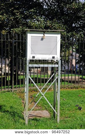 Buxton Weather Station.