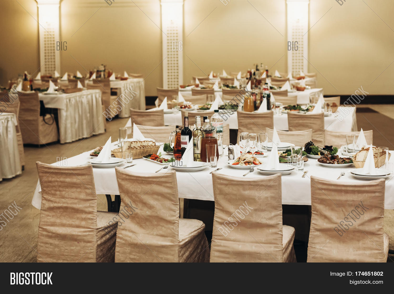 luxury business dinner reception at expensive restaurant with