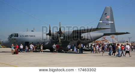Military Aircraft C-17 With Spectators All Around.