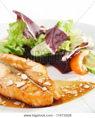 "Hot Fish Dishes - Salmon Steak with ""Narsharab"" Sauce and Fresh Salad Leaves"