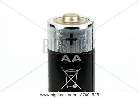 AA bateria em um fundo branco