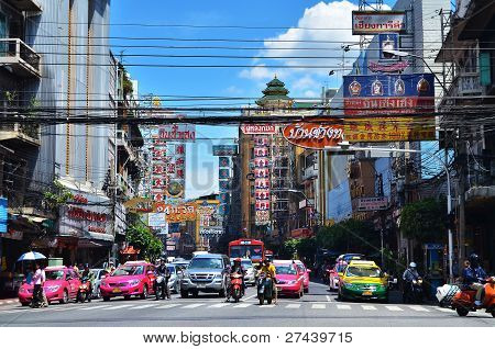 Bangkok, Thailand - August 23 : Traffic Jam On Yaowarat Road  On August 23,2011 In Bangkok.