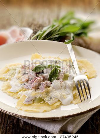 ravioli with ham, sage and cream sauce