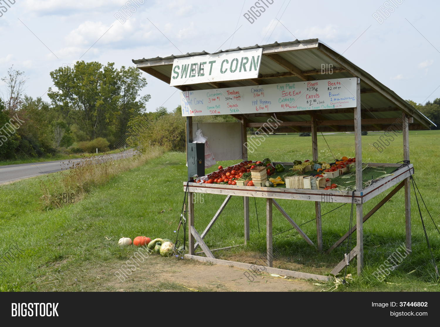 Roadside Stand Designs : Rural roadside produce stand stock photo images