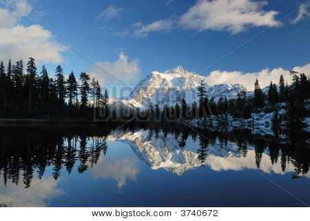 Picture Lake And Mount Shuksan
